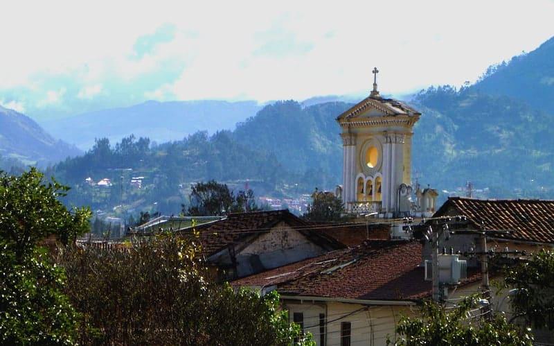 roofs-in-cuenca-ecuador-church-roof