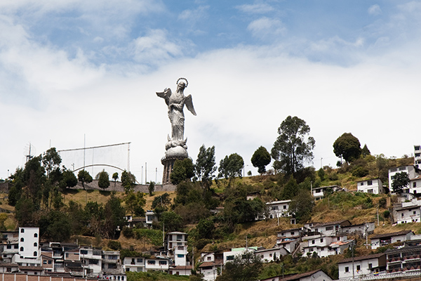 jesus-on-the-hill-quito