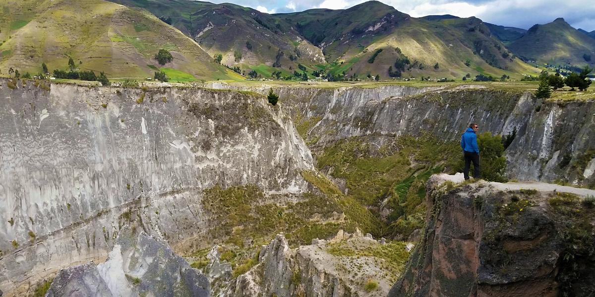 toachi canyon outside quilotoa lake