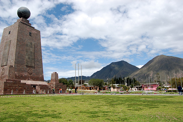 mitad-del-mundo-things-to-do-quito