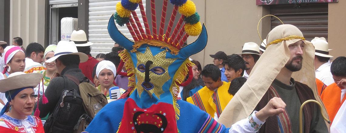 tradiciones en Cuenca Ecuador