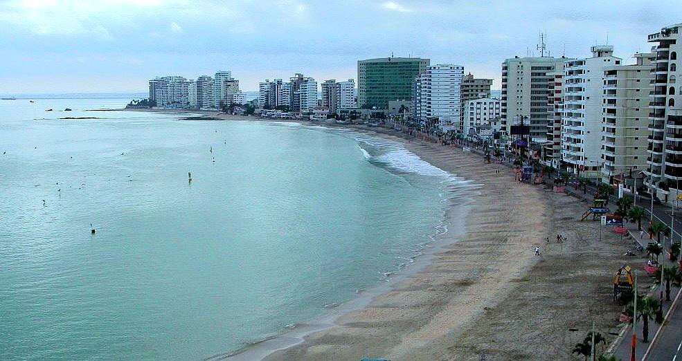 salinas beach - ecuador